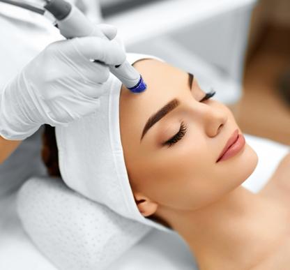 women getting MD Peel Microdermabrasion in toronto