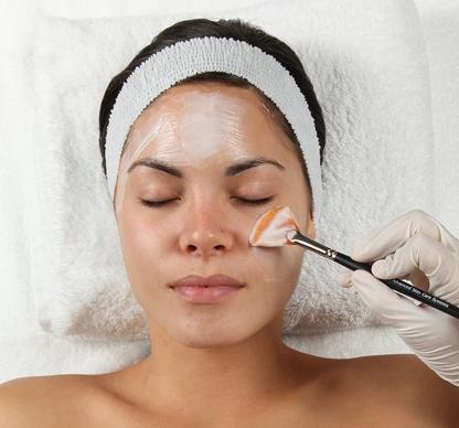 women getting retinol peel in toronto